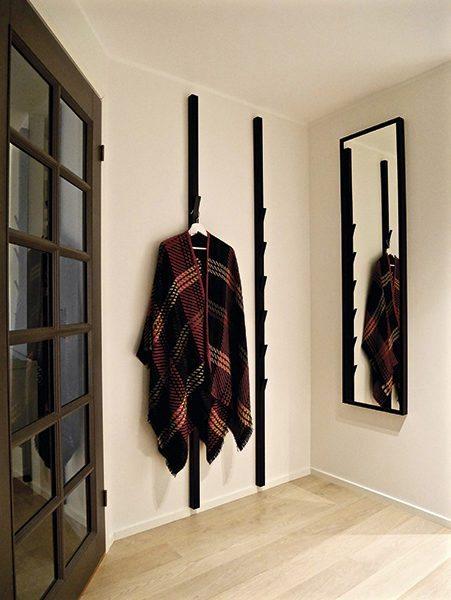 Window – Standing Coat Hanger