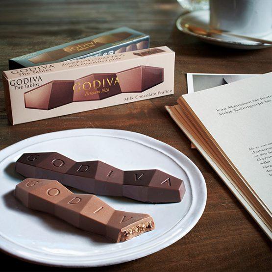 'GODIVA The Tablet', nuevo chocolate diseñado por Víctor Carrasco