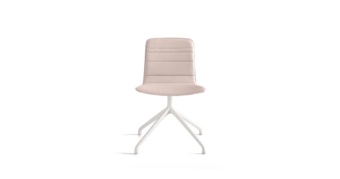 Klip chair pyramid base