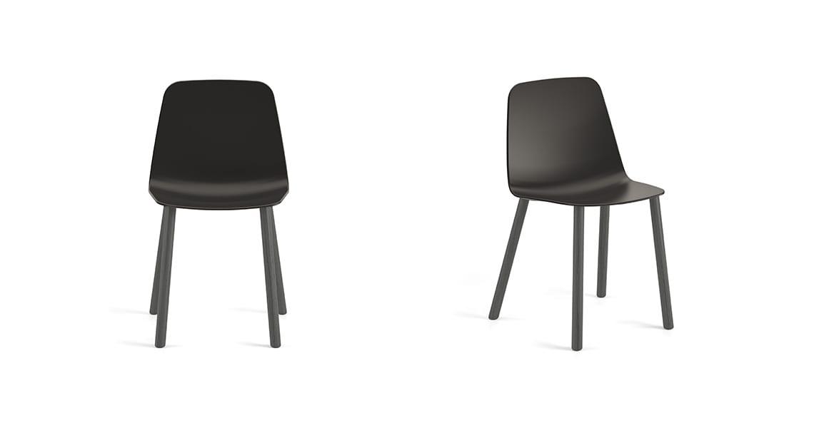 Maarten Plastic Chair 4 Wooden Legs